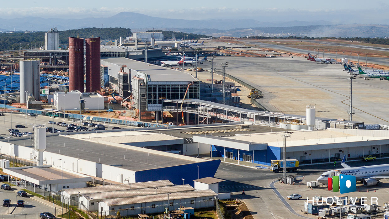 Time-lapse do Aeroporto de Confins - Confins - MG - Huoliver Time-lapse
